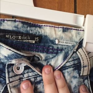 Hot Topic Pants - Lovesick Acid Wash Jeans